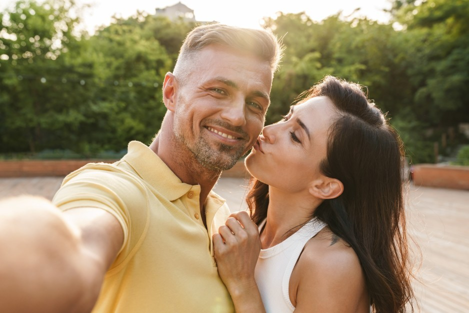 5 Reasons Why You Should Try a New Online Dating Site | Safer Date - Safer Online Dating
