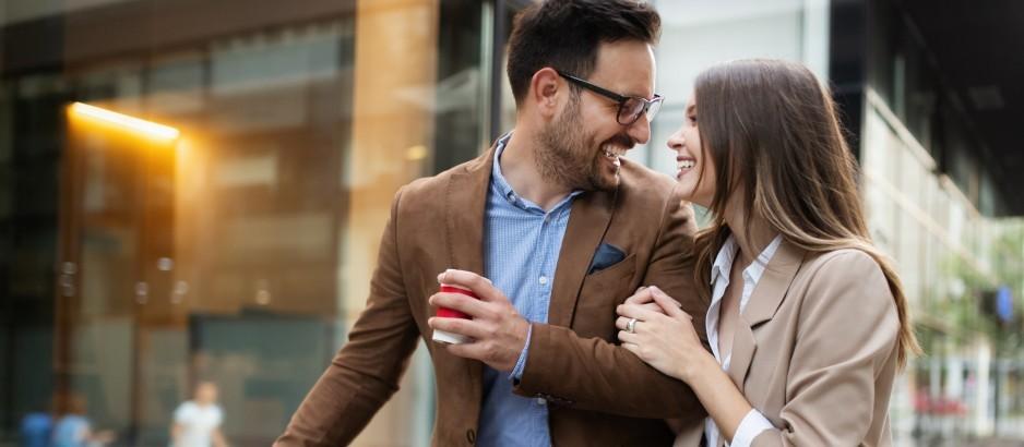 Safe Date: Safer Online Dating - Read the Safer Date Guide